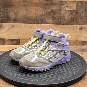 Merrell select Dry Waterproof Youth Boots Sz 5Y